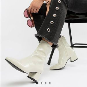 Vagabond Mya patent leather ankle boot